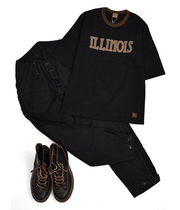 デラックスウエア (DELUXEWARE)ILLINOIS 半袖プリントTシャツ フットボールTシャツ URES-07 BLACK ブラックで統一してシックな雰囲気にまとめた着こなし