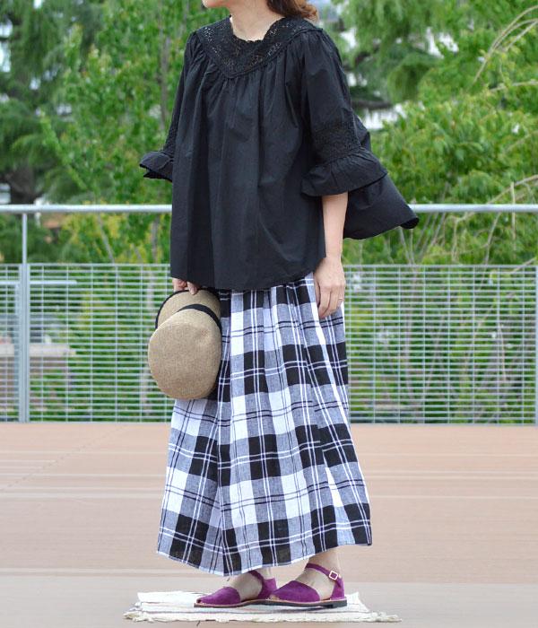 ミボ (mibo) Abarca Sandal with Heel Cup 310 ANTE TOSCANAを使った紫の差し色で華やかコーデ