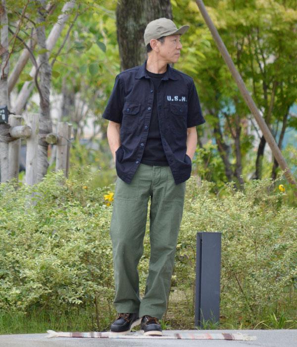 デラックスウエア (DELUXEWARE)30th TOP JIMMY 半袖プリントTシャツ BSP-TJ1 を使ったレディースコーディネート